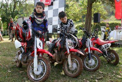 Honda realiza evento inaugural da categoria CRF-50F