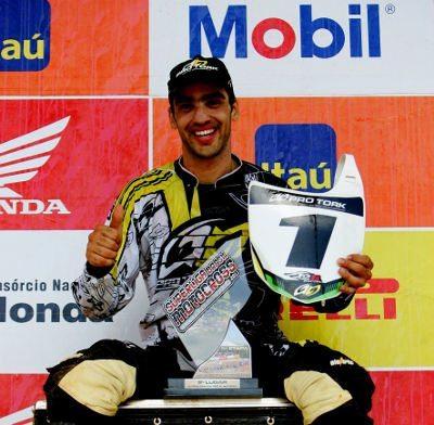 Balbi é campeão da MX Pró