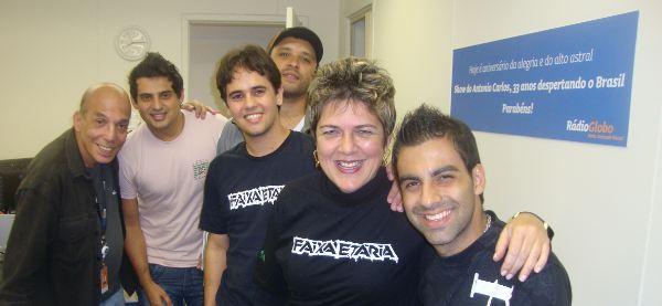 A Faixa Etária vai a Meriti acompanhada da equipe do programa Antônio Carlos, da Rádio Gloobo