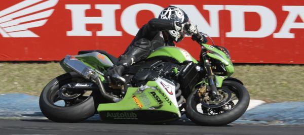 Maico Teixeira, piloto da categoria 600 Hornet no Racing Festival