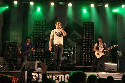 Destaque no evento de Penedo, a banda Faixa Etária é uma das atrações nos encontros de Angra e Conceição de Macabu