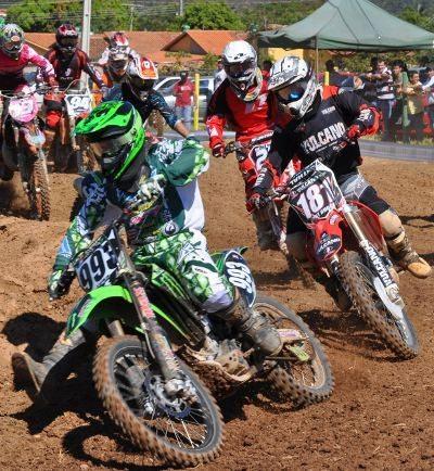 Deni Marques (993) vencedor da MX2 e MXFL