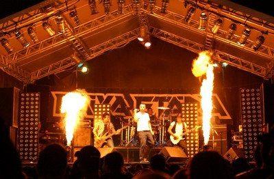 A banda Faixa Etária é a atração do evento dos Ossos Quebrados