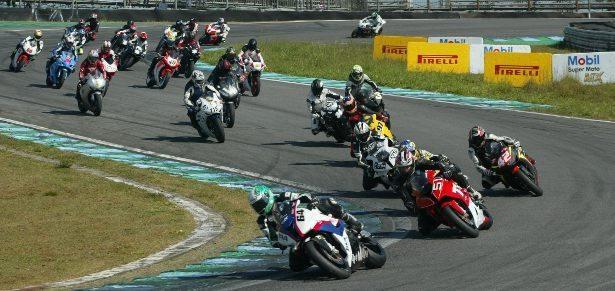 O SuperBike Series e a Pirelli fecharam um acordo de exclusividade até 2013