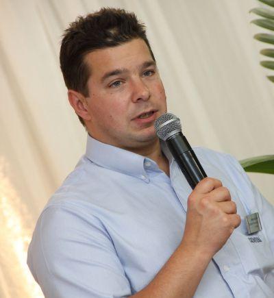 Waldemar Schneider, presidente da Kostal: mais competitividade