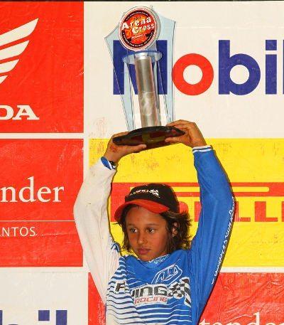"""Carlos Sousa """"Dadauzinho"""", piloto da categoria 50cc no Arena Cross"""