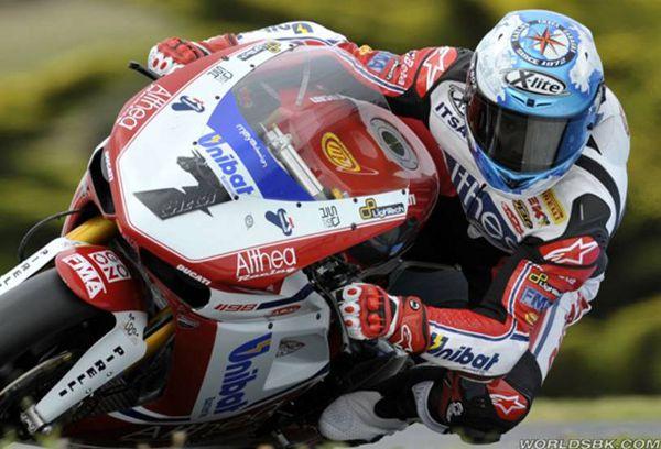 Carlos Checa no mundial de superbikes