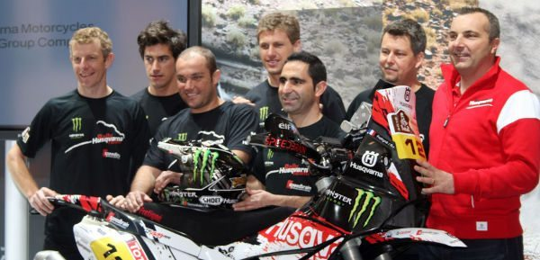 Husqvarna Rallye Team By Speedbrain apresenta em Paris equipe para o Rally Dakar 2012