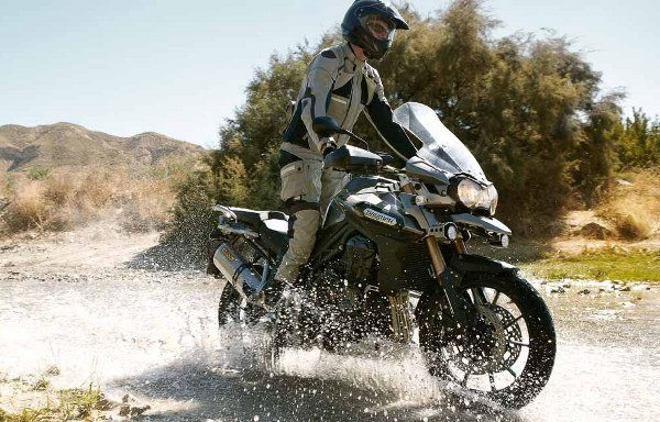 Triumph Tiger Explorer - Uma nova opção para a categoria esporte-aventura