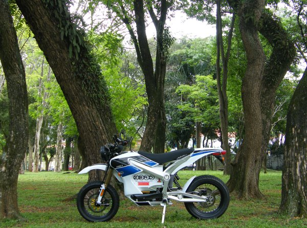 Zero S a moto mais amiga do verde