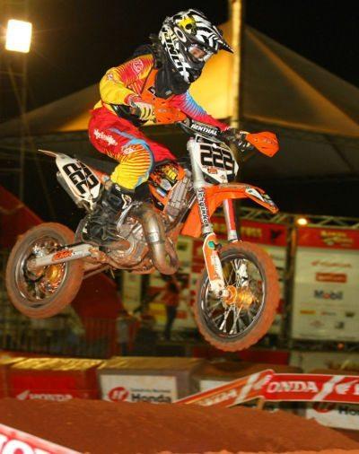 Leonardo Almeida, piloto da categoria 65cc no Arena Cross