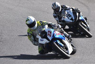 Pierre Chofard (#22) e Alan Douglas (#78) vão estrear motos novas em Jacarepaguá.