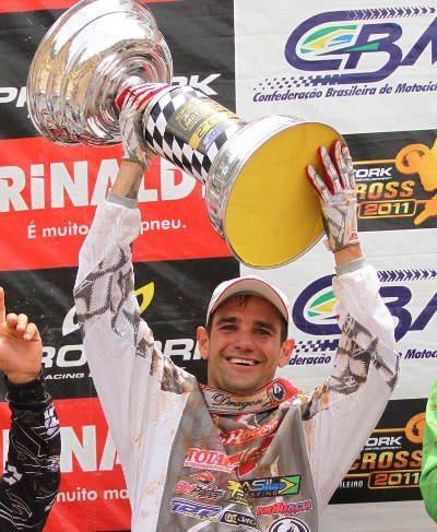 Duda Parise é o campeão da MX3Elton Souza