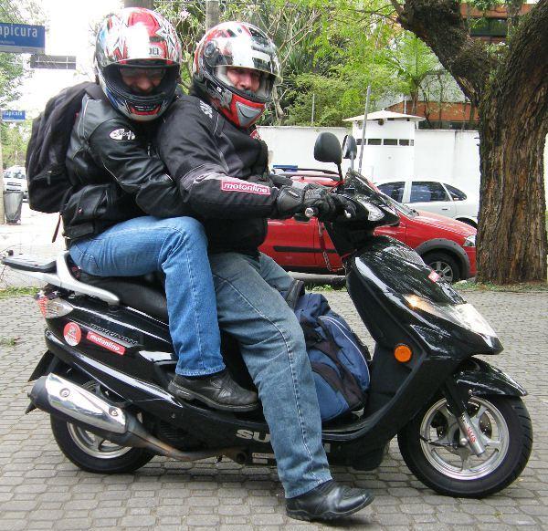 Dois numa moto: infrator, julgado e condenado