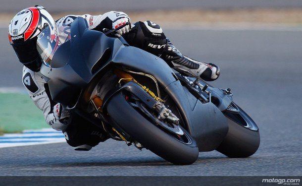 A Aspar vai expandir o seu esforço na próxima época de MotoGP com duas motos, com Randy de Puniet e Aleix Espargaró a pilotarem maquinas CRT com blocos Aprilia.