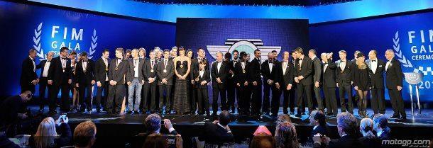 Cerca de cinco centenas de convidados marcaram presença no Salão Preto e Prata do Casino Estoril desfrutaram de noite especial onde os melhores motociclistas do Mundo viram os seus feitos de 2011 serem reconhecidos e premiados.