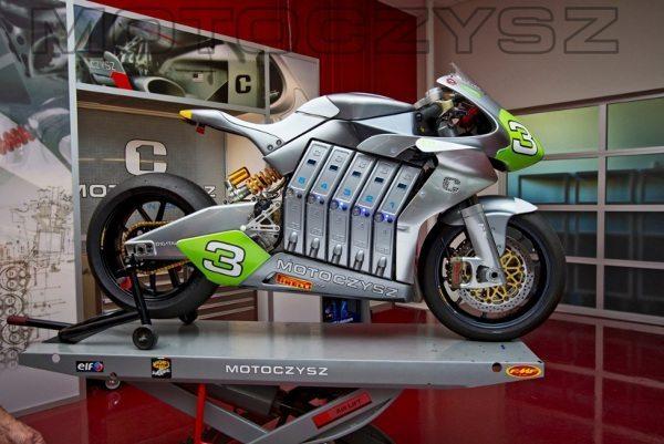 Moto elétrica para andar a 200 Km/h