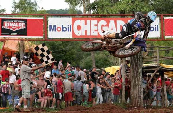 Gabriel Gentil na abertura do Sul Brasileiro de Motocross