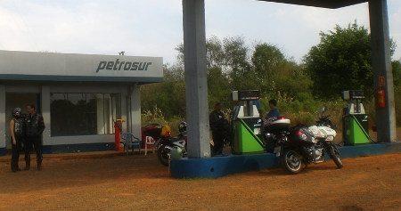 Um posto na Ruta 10, no Paraguai
