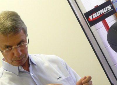 Gianfranco Milani: a NBR 7471 quer preservar a caixa craniana e as vistas do motociclista