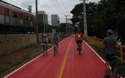 Ciclovias em Brasília seguirão modelo das ciclovias de São Paulo