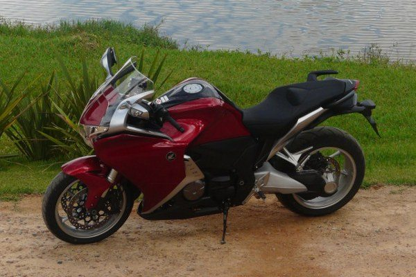 Honda VFR 1200 F estará no Moto fair 2012