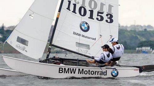 Marcos Ferrari e Priscila Ralisch, velejadores do Yacht Club de Santo Amaro projetam conquistar a vaga para representar o Brasil nos Jogos Pan-Americanos de 2015 na classe Hobie Cat 16