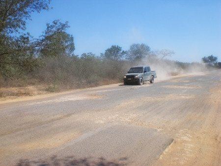 Ruta 9 e seus 100 km de buracos