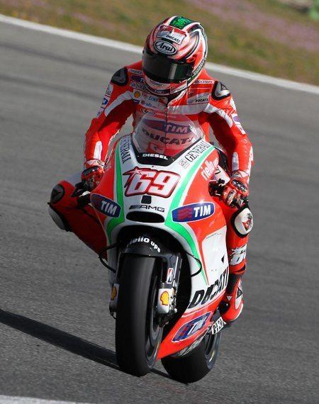 Hayden levou sua Ducati ao 8º lugar, com Valentino Rossi logo atrás