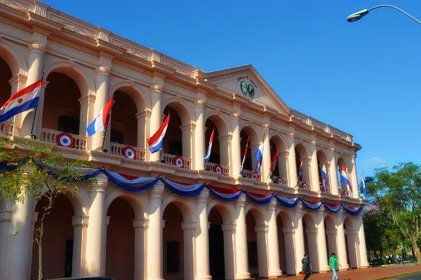 O Cabildo, uma das construções históricas de Asuncion