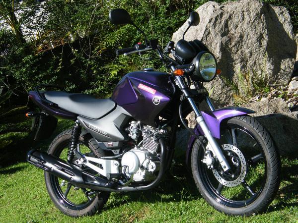 Yamaha YBR 125 ED Factor