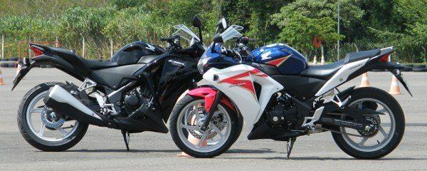 Mistura de estilos da própria marca - VFR 1200 e CBR 1000RR - a nova moto chega importada da Tailândia e quer dominar o segmento das esportivas de entrada