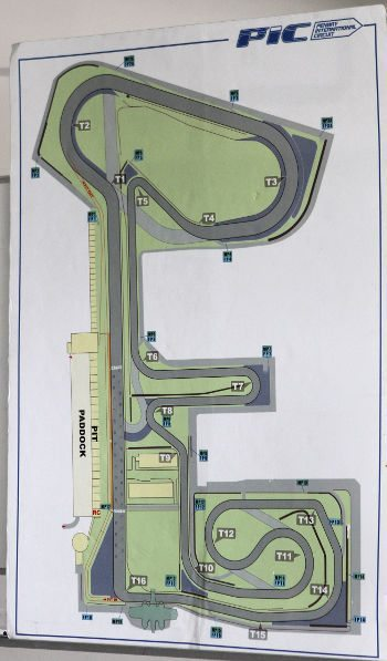 O traçado da pista do Penbay Internacional Circuit (Taiwan), onde foi feito o teste: boa seleção de curvas