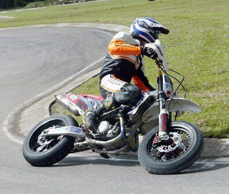 Laszlo Piquet, piloto de supermoto da Lawanteam