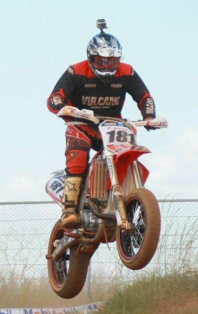 Kurt Rudolf fez corrida de recuperação e acabou em terceiro na classificação geral