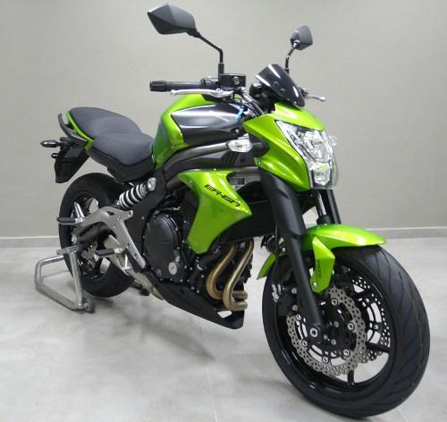 A ER6-n só parece a mesma moto, mas as mudanças são profundas
