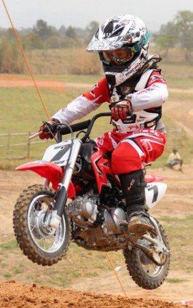 Diogo Moreira, campeão da Copa São Paulo de Motocross em 2011 pela categoria CRF 50 B