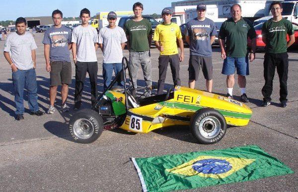 Equipe da FEI foi a oitava colocada e levou o Brasil ao 'Top Ten'