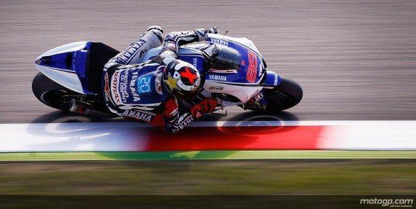 Jorge Lorenzo, da Yamaha Factory Racing, disparou para a vitória no Gran Premi Aperol de Catalunya perante o público da casa e à frente de Dani Pedrosa e Andrea Dovizioso