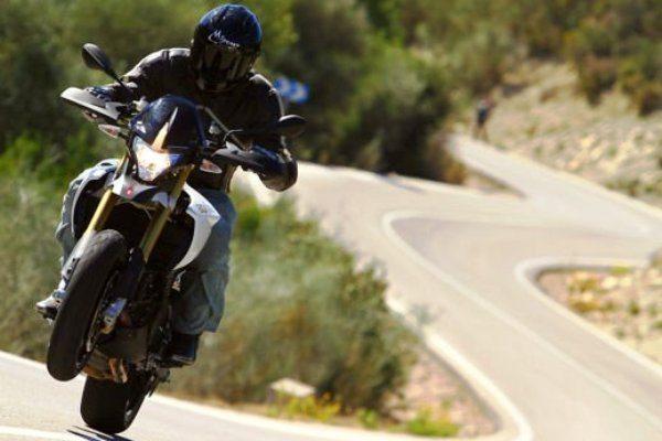 aprilia dorsoduro 1200 test ride (3)_big