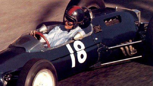 Conquistou dois pódios na Fórmula-1 sendo um segundo lugar no GP da Itália de 1972 pela equipe Surtees, de John Surtees, outro que foi campeão nas motos,  e um terceiro lugar no GP da África do Sul de 1974 pela Mclaren.