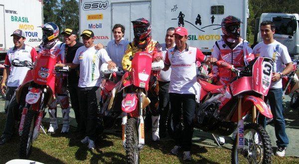 Pilotos e patrocinadores são unânimes: a melhor estrutura possível é a do Brazil Moto Tour