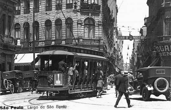1930, bonde e o pedestre