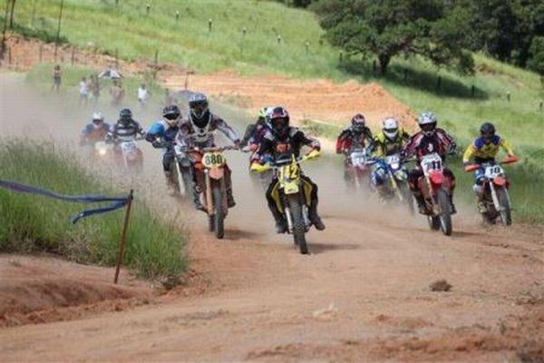 Prova de motocross - Asfalto Zero