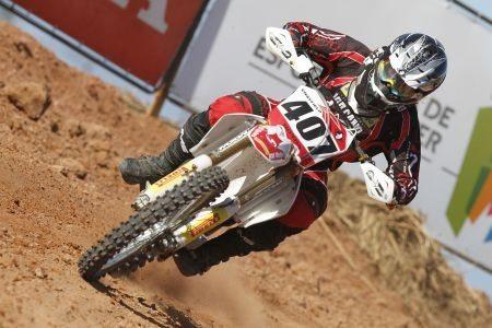 Adam Chatfield é o líder da MX1 no Brasileiro de Motocross