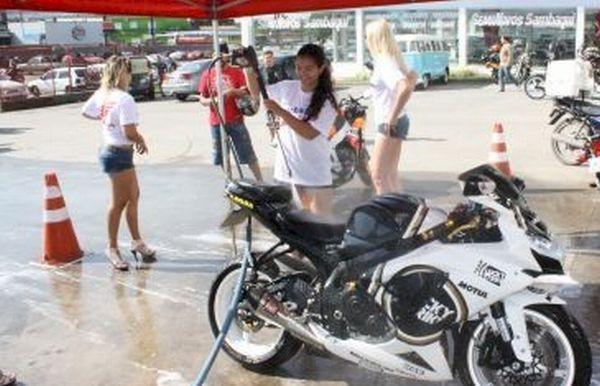 Um lava-moto diferente - Foto: Everson/Moto Tour
