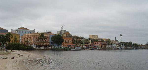 A bela e quadricentenária cidade de Paranaguá/PR, sede do Paranaguá Motos