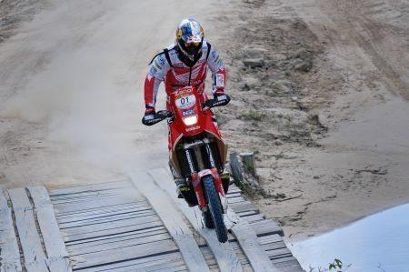 Felipe Zanol faturou nas motos neste primeiro dia do Sertões