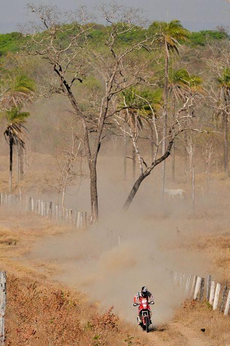 Felipe Zanol no meio do nada, em algum lugar do Tocantins