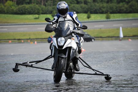 ABS em motos pode reduzir em 25% os acidentes com moto